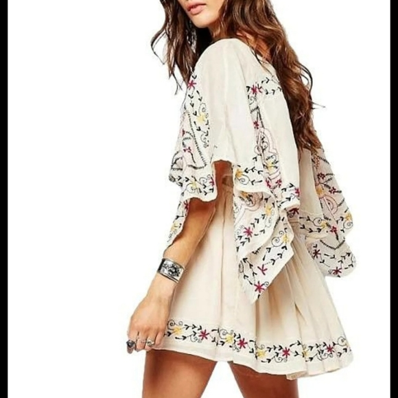 Free people embroidered Ivory dress size s